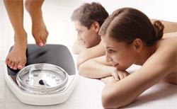 Исследование: женщины толстеют от замужества, а мужчины - от карьеры