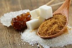Исследование: излишки сахара в организме превращаются в жир, который «окутывает» внутренние органы